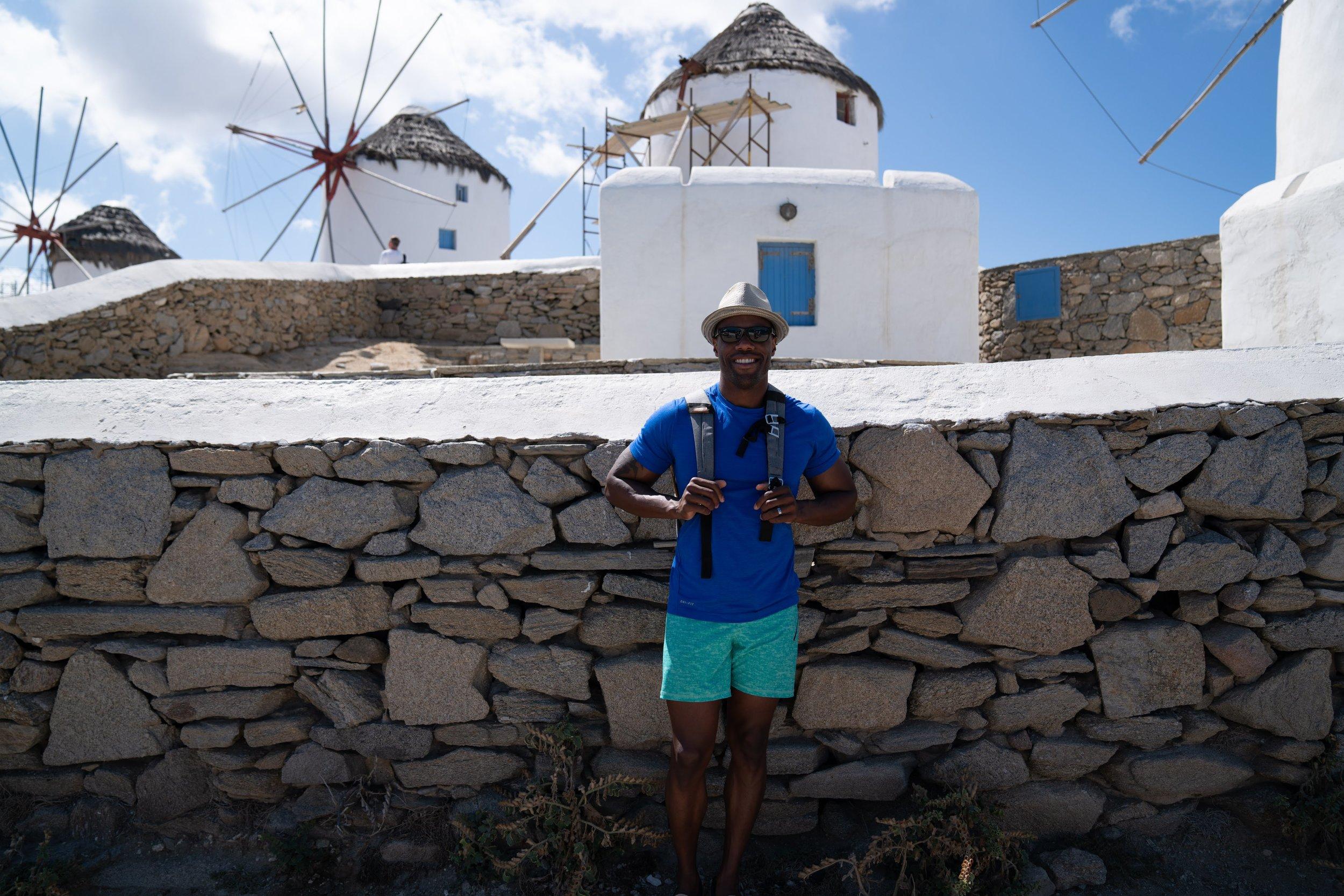 Shorts: Lululemon// Hat: Ben Sherman// Backpack: Peak Design // Sunglasses: Maui Jim