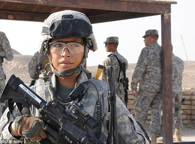 γυναίκες-στρατοσ.jpg