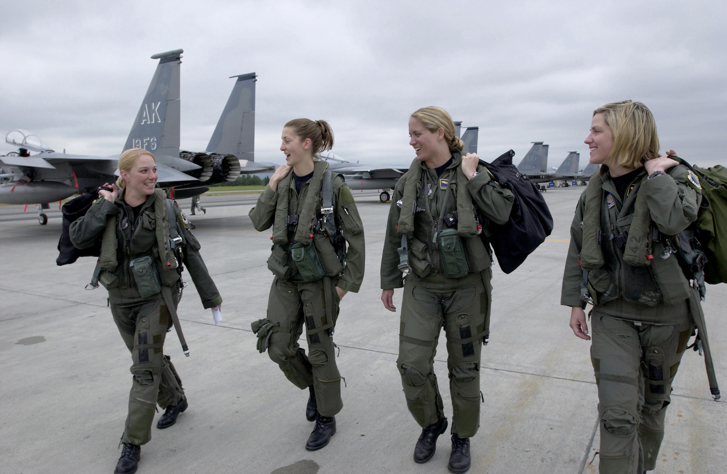 γυναίκες-στρατός.jpg