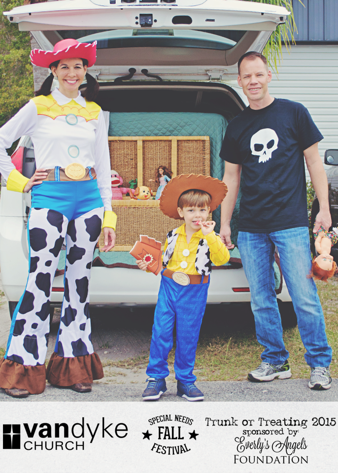 VAN DYKE CHURCH SPECIAL NEEDS FALL FESTIVAL EVERLYS ANGELS TRUNK OR TREAT 2015 (2).png