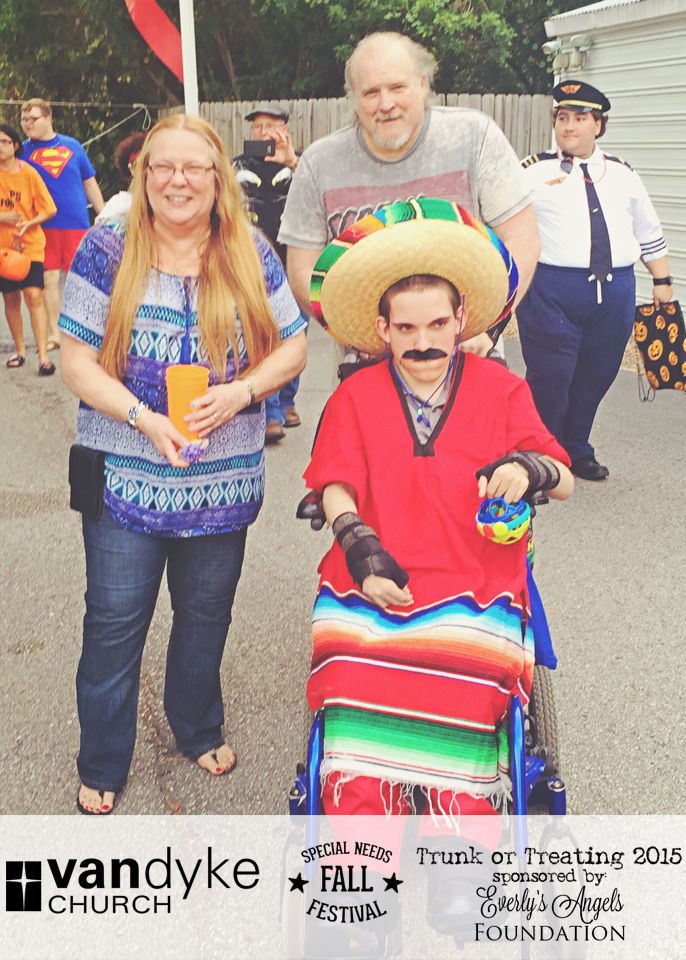 VAN DYKE CHURCH SPECIAL NEEDS FALL FESTIVAL EVERLYS ANGELS TRUNK OR TREAT 2015 (21).png