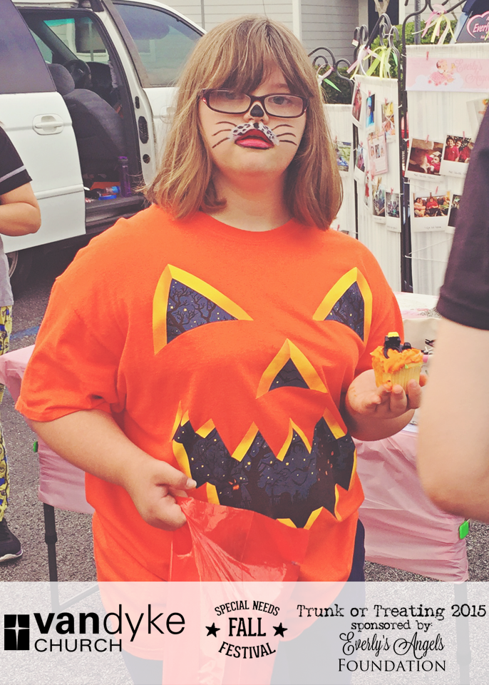 VAN DYKE CHURCH SPECIAL NEEDS FALL FESTIVAL EVERLYS ANGELS TRUNK OR TREAT 2015 (25).png