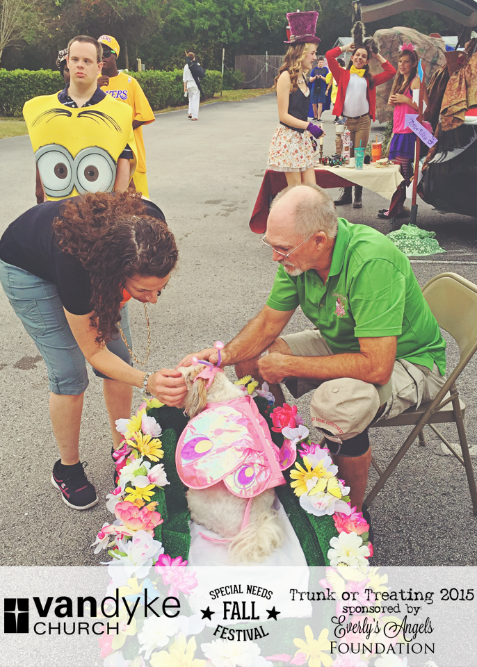 VAN DYKE CHURCH SPECIAL NEEDS FALL FESTIVAL EVERLYS ANGELS TRUNK OR TREAT 2015 (27).png