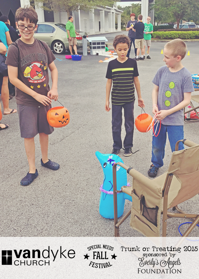 VAN DYKE CHURCH SPECIAL NEEDS FALL FESTIVAL EVERLYS ANGELS TRUNK OR TREAT 2015 (30).png