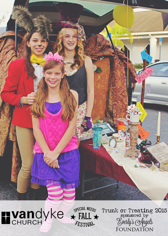 VAN-DYKE-CHURCH-SPECIAL-NEEDS-FALL-FESTIVAL-EVERLYS-ANGELS-TRUNK-OR-TREAT-2015-(38).png