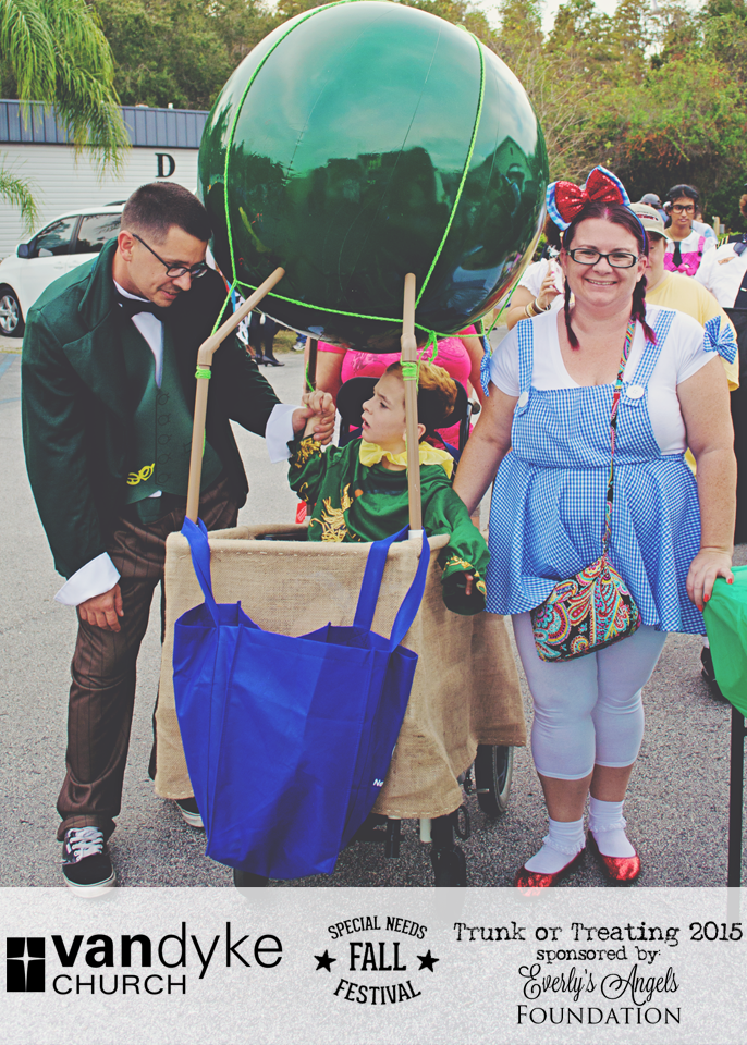 VAN-DYKE-CHURCH-SPECIAL-NEEDS-FALL-FESTIVAL-EVERLYS-ANGELS-TRUNK-OR-TREAT-2015-(41).png
