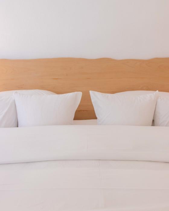 Iconic Santorini - Coconut Bed