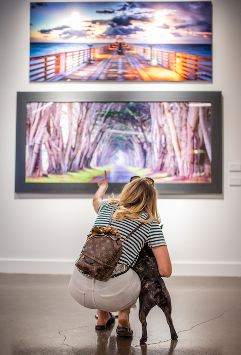 Sophie and I in the Kandy Gallery - Picture Credit  @Dineandfash
