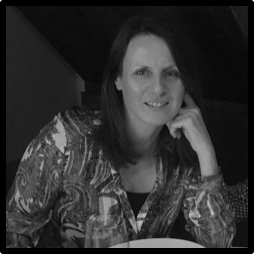 Julie Evans.png