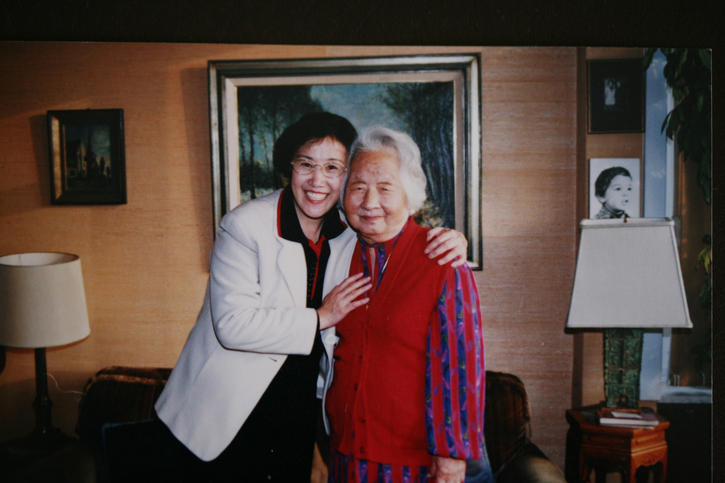1999年12月作者赴比利时采访钱秀玲老人.JPG