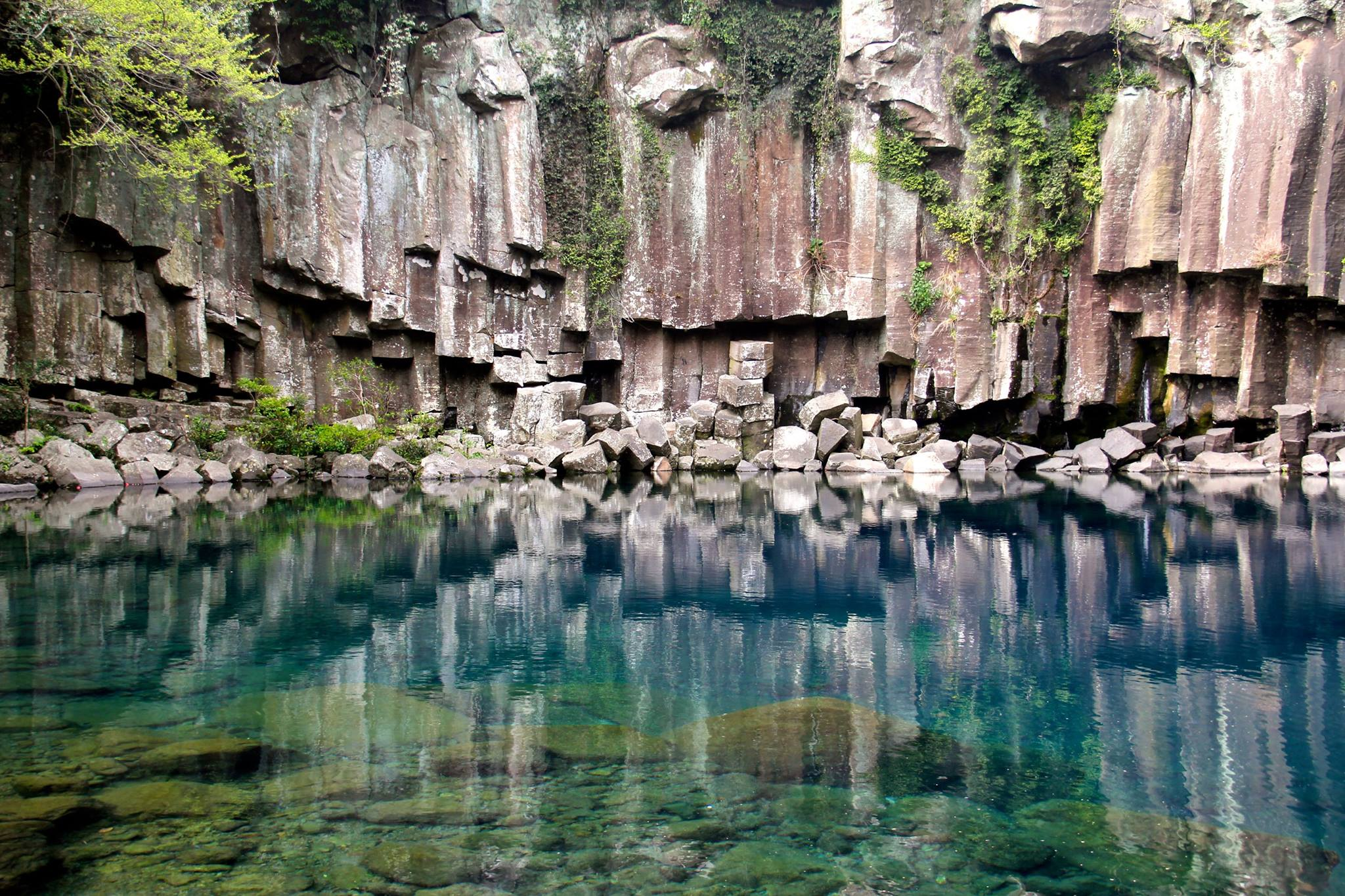 Cheonjeyeon Waterfalls, Jeju Island, South Korea