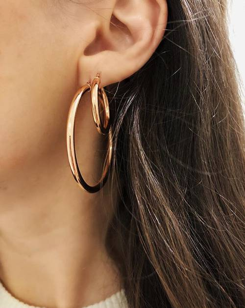 Calling It: These Will Be the Top Earring Trends of 2018 - A private jeweler spills.WHOWHATWEAR02.24.18