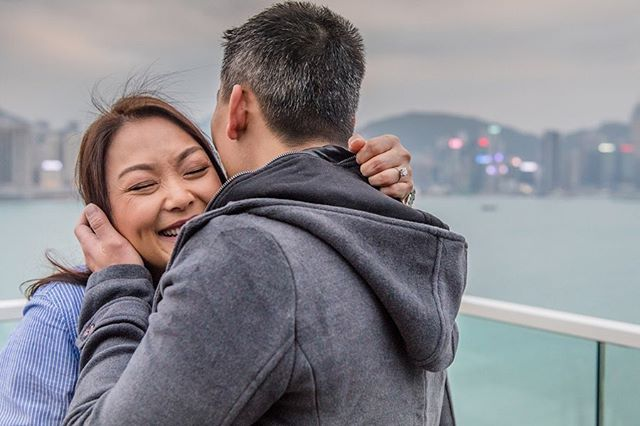 🇻🇳🇺🇸[#SurpriseProposal] 💍 Moment like this speaks for itself. {swipe left} - Hotel: @kerryhotelhk  Photos: @susannayeung.photography  Website: susannayeung.com Email only: info@susannayeung.com