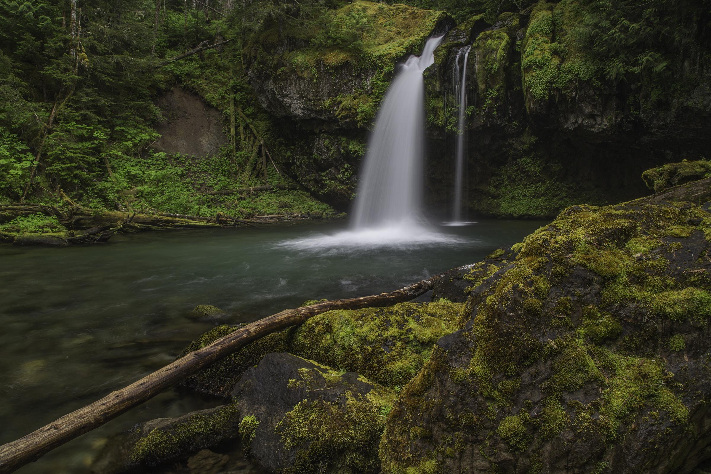Iron Creek Falls 2 Web.jpg