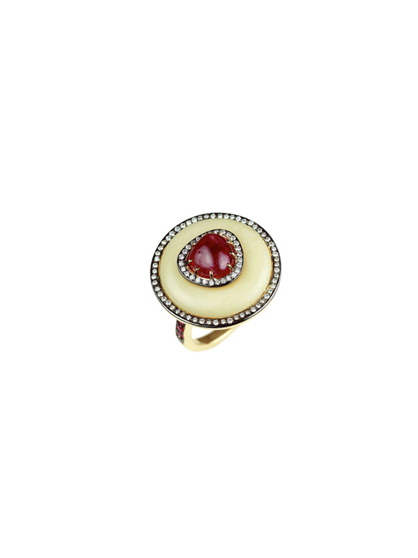 White Agate, Diamond and Ruby Ring