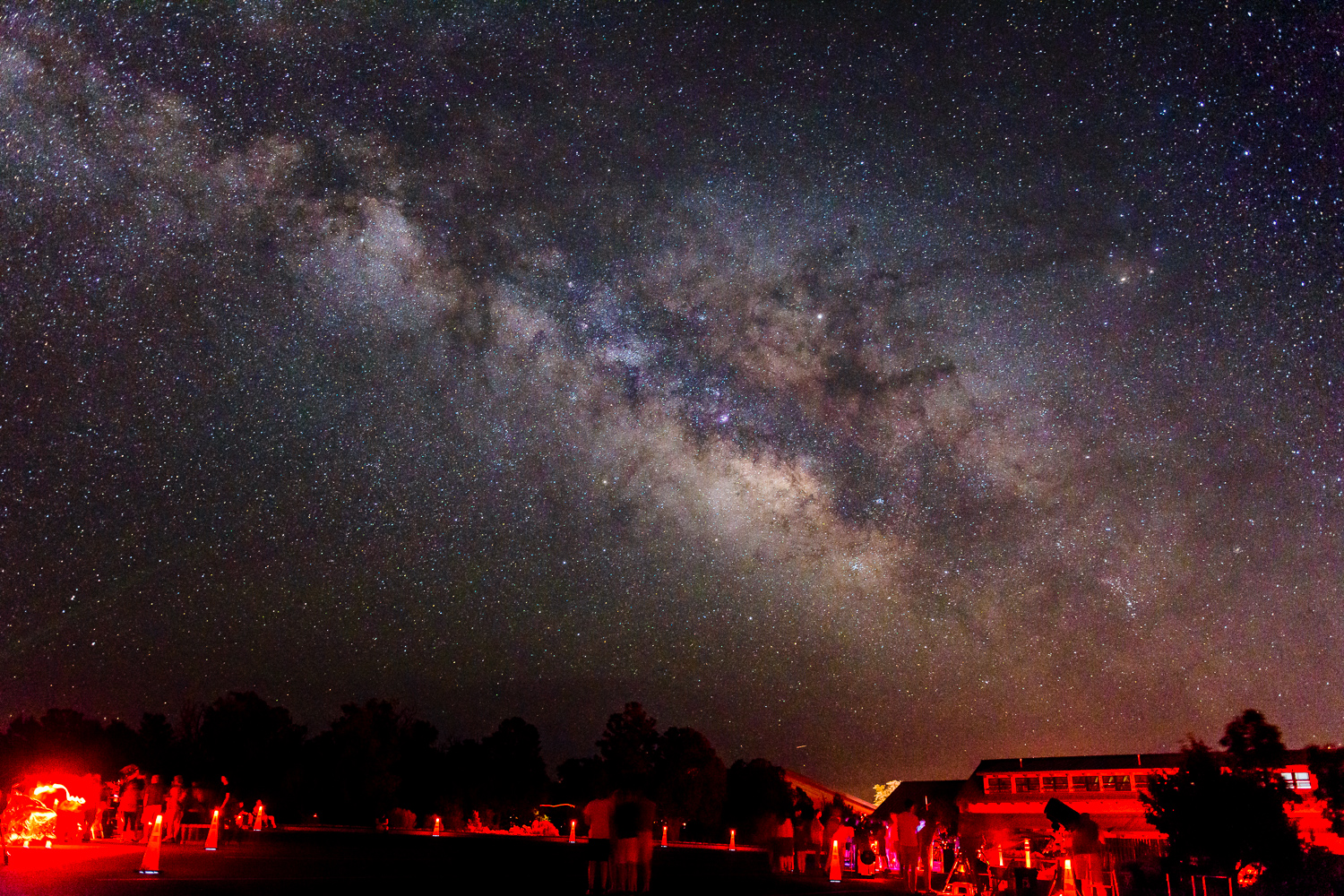 Star Party at the Grand Canyon Visitor Center - Nikon D5300 with Sigma 18-35 1.8