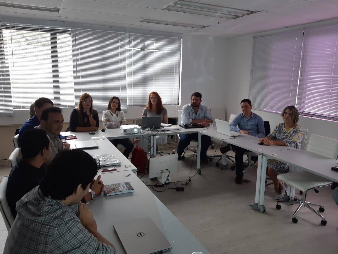 Os gestores financeiros de oito distribuidoras do grupo estiveram presentes