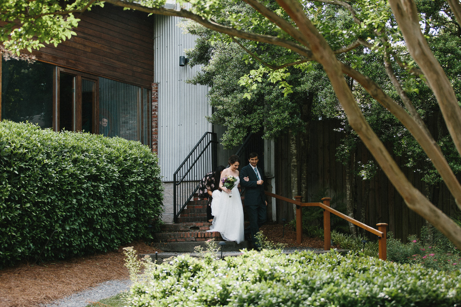 canoe_restaurant_roswell_atlanta_wedding_photographers_1216.jpg