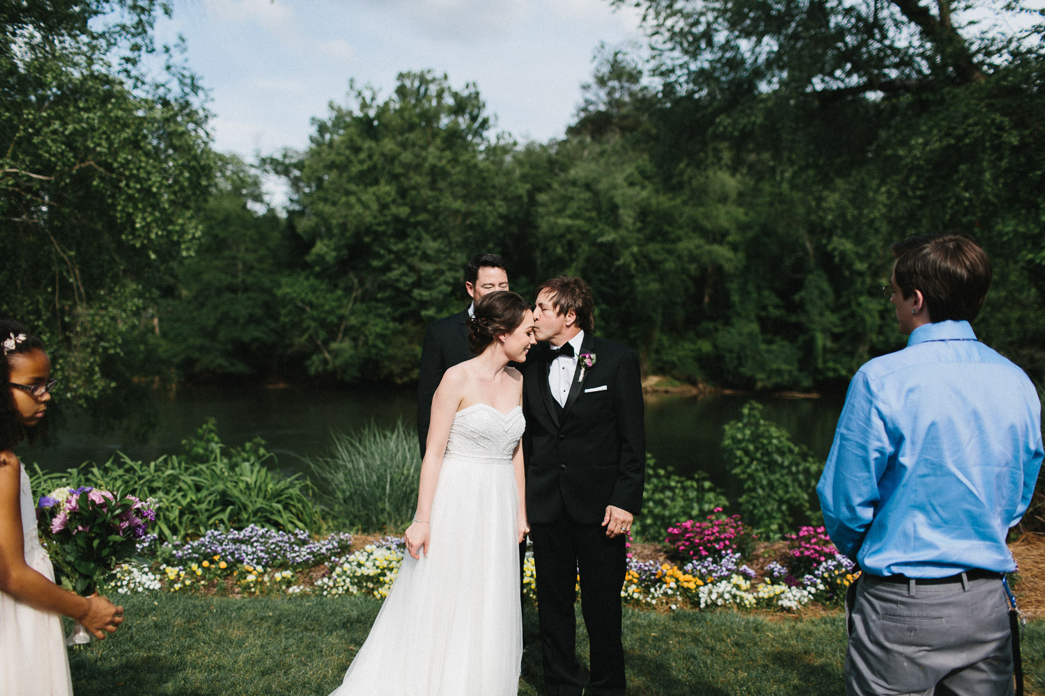 canoe_restaurant_roswell_atlanta_wedding_photographers_1298.jpg
