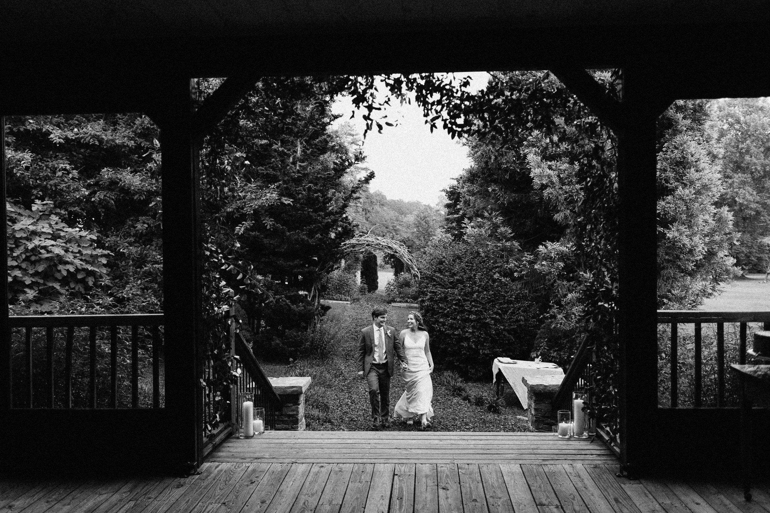 glen_ella_meadow_creekside_atlanta_wedding_photographers_1951.jpg