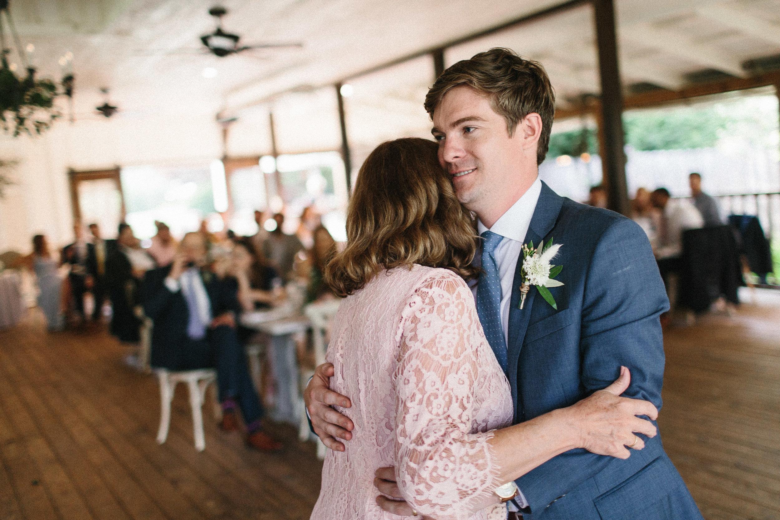 glen_ella_meadow_creekside_atlanta_wedding_photographers_2021.jpg