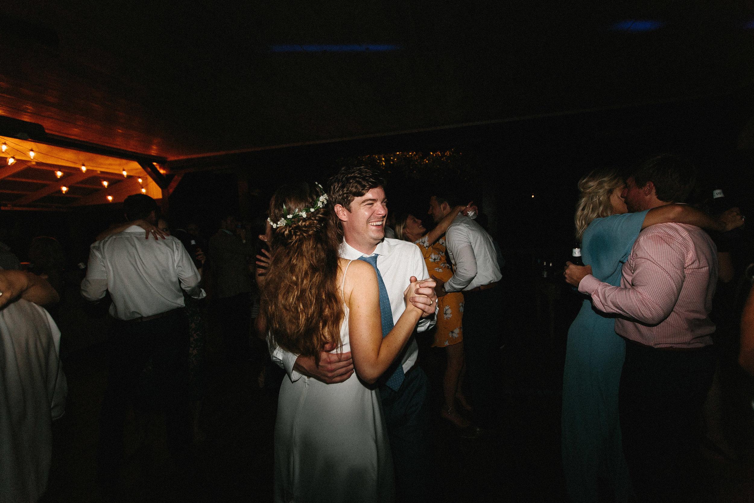 glen_ella_meadow_creekside_atlanta_wedding_photographers_2228.jpg