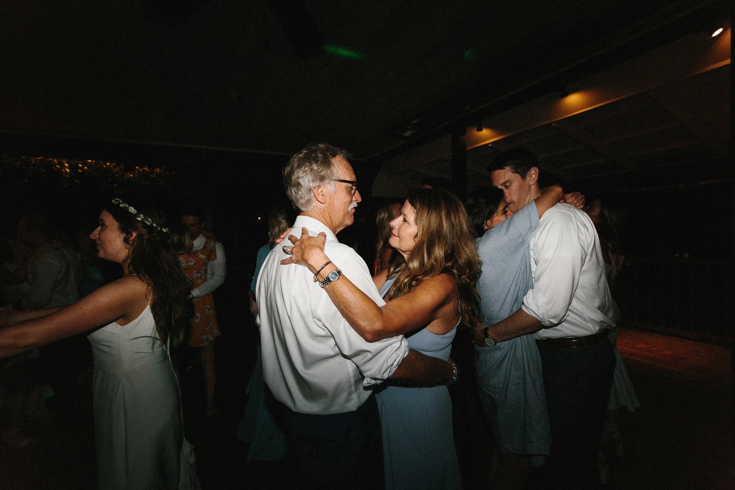 glen_ella_meadow_creekside_atlanta_wedding_photographers_2227.jpg