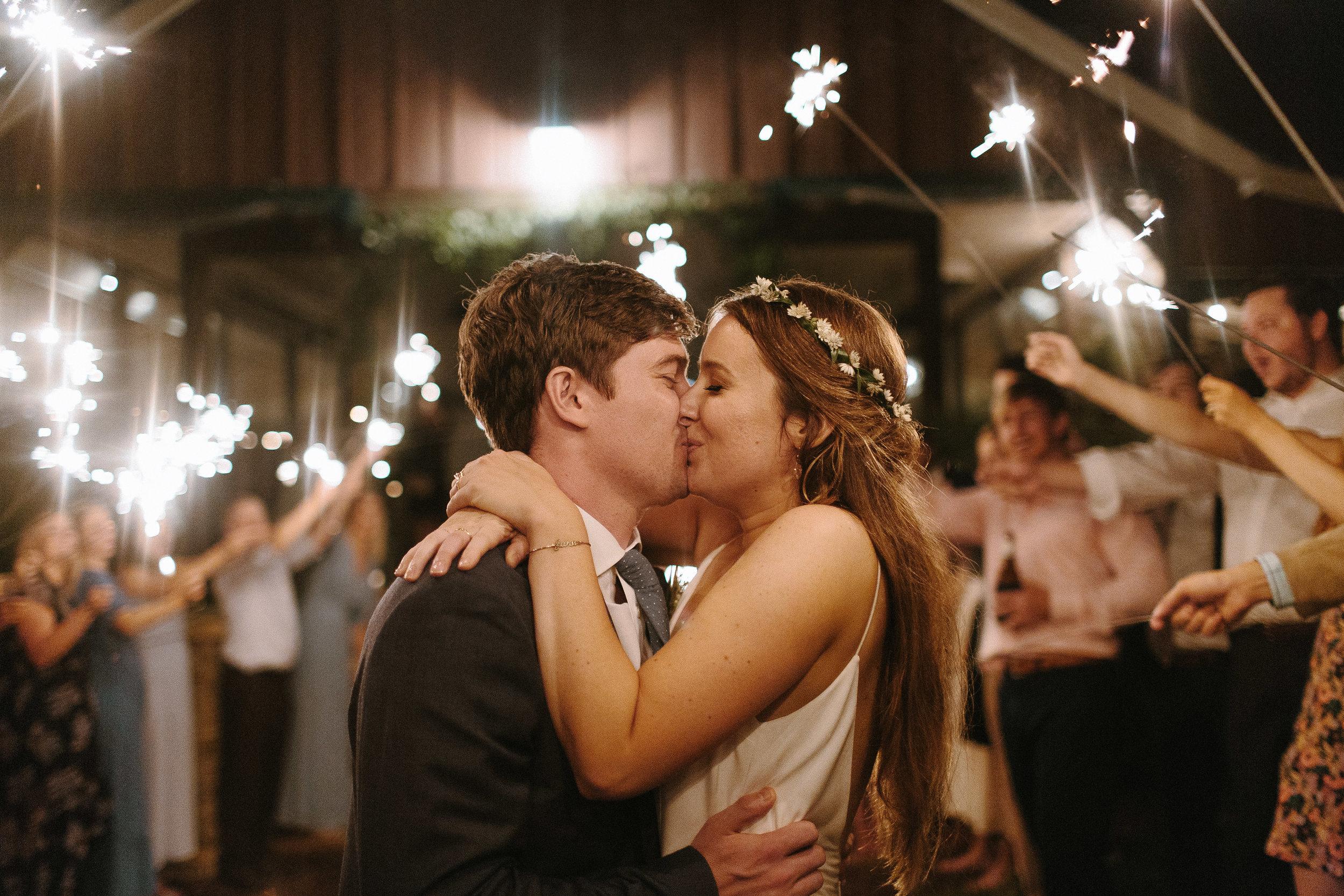 glen_ella_meadow_creekside_atlanta_wedding_photographers_2240.jpg