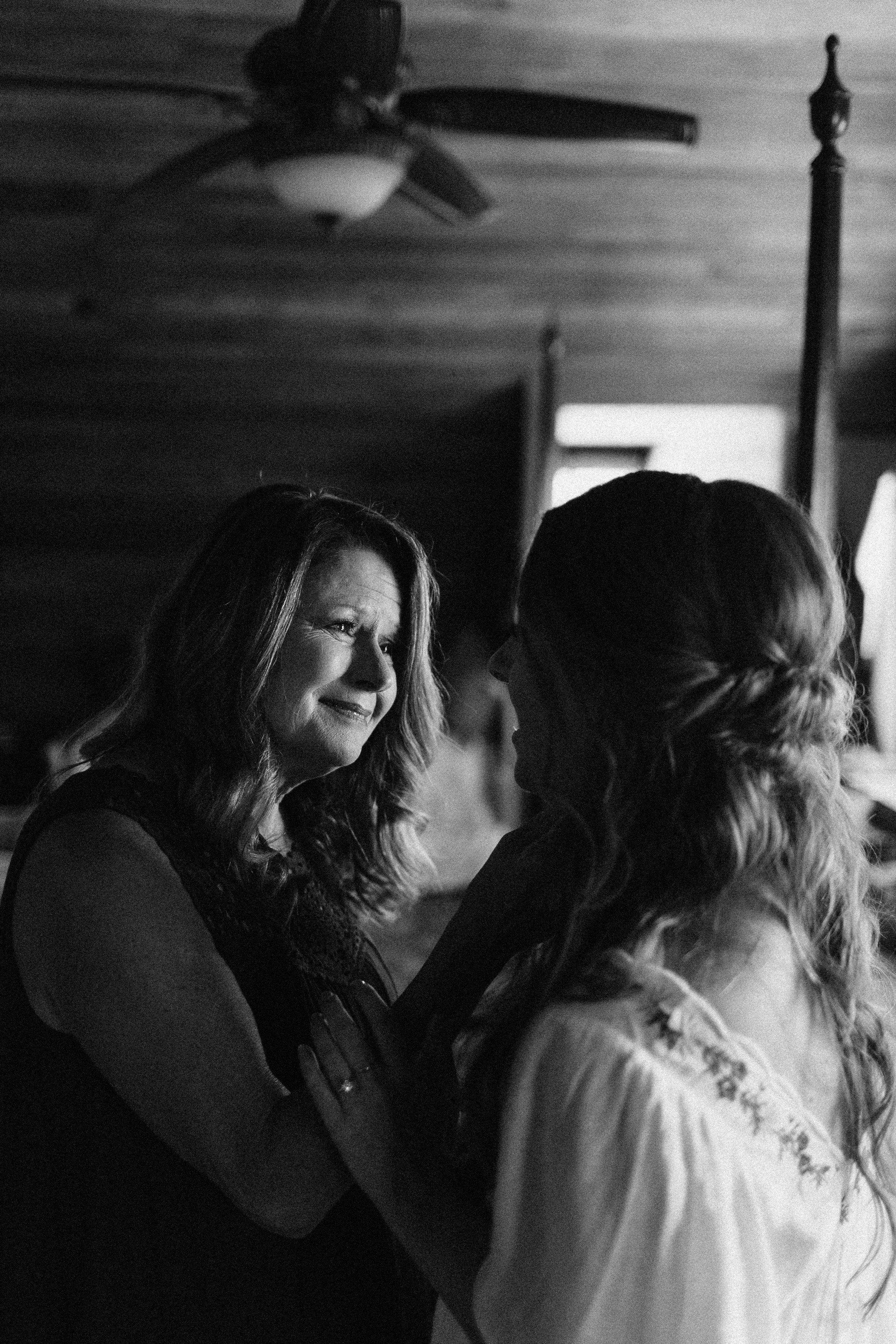 glen_ella_meadow_creekside_atlanta_wedding_photographers_1088.jpg