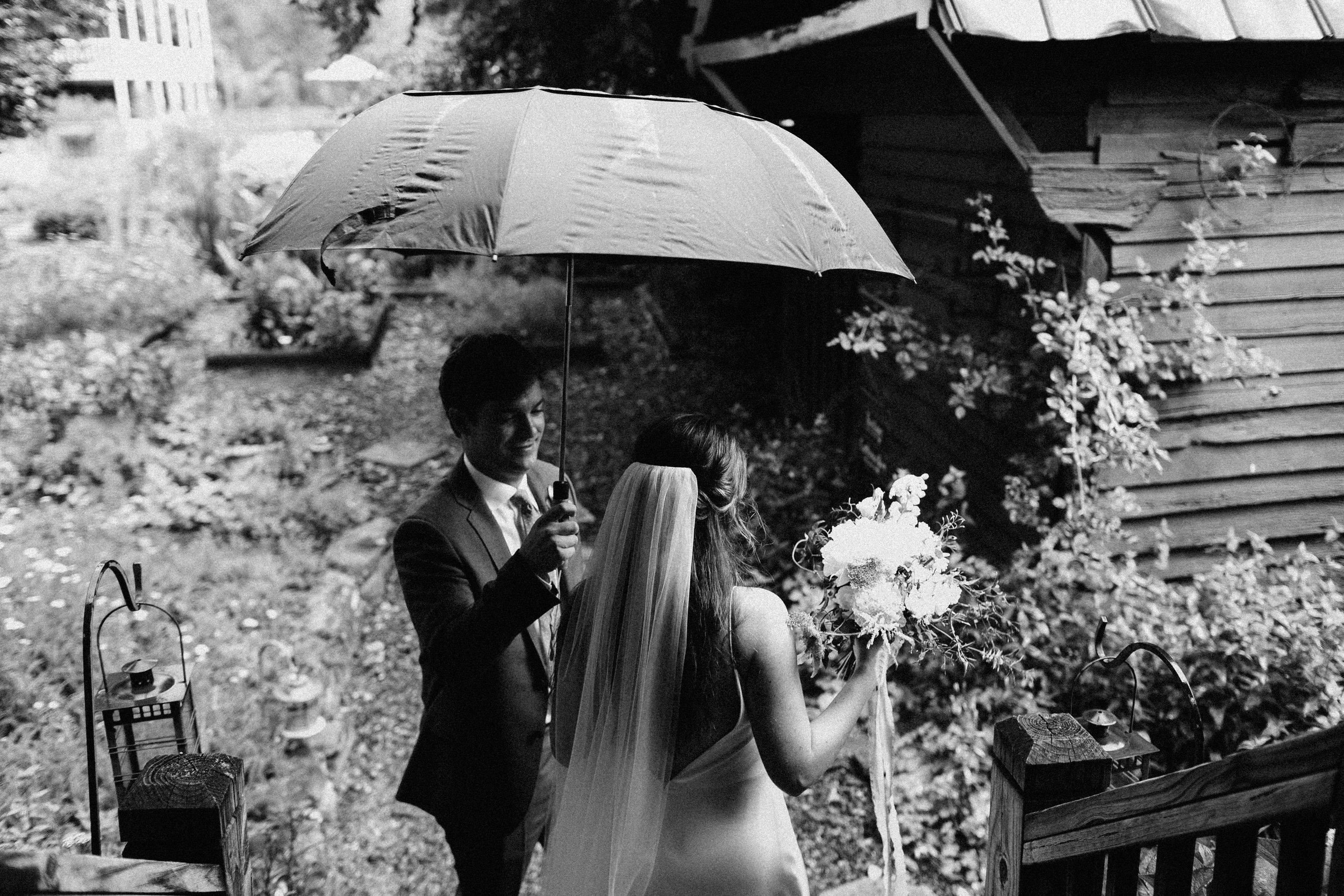 glen_ella_meadow_creekside_atlanta_wedding_photographers_1459.jpg