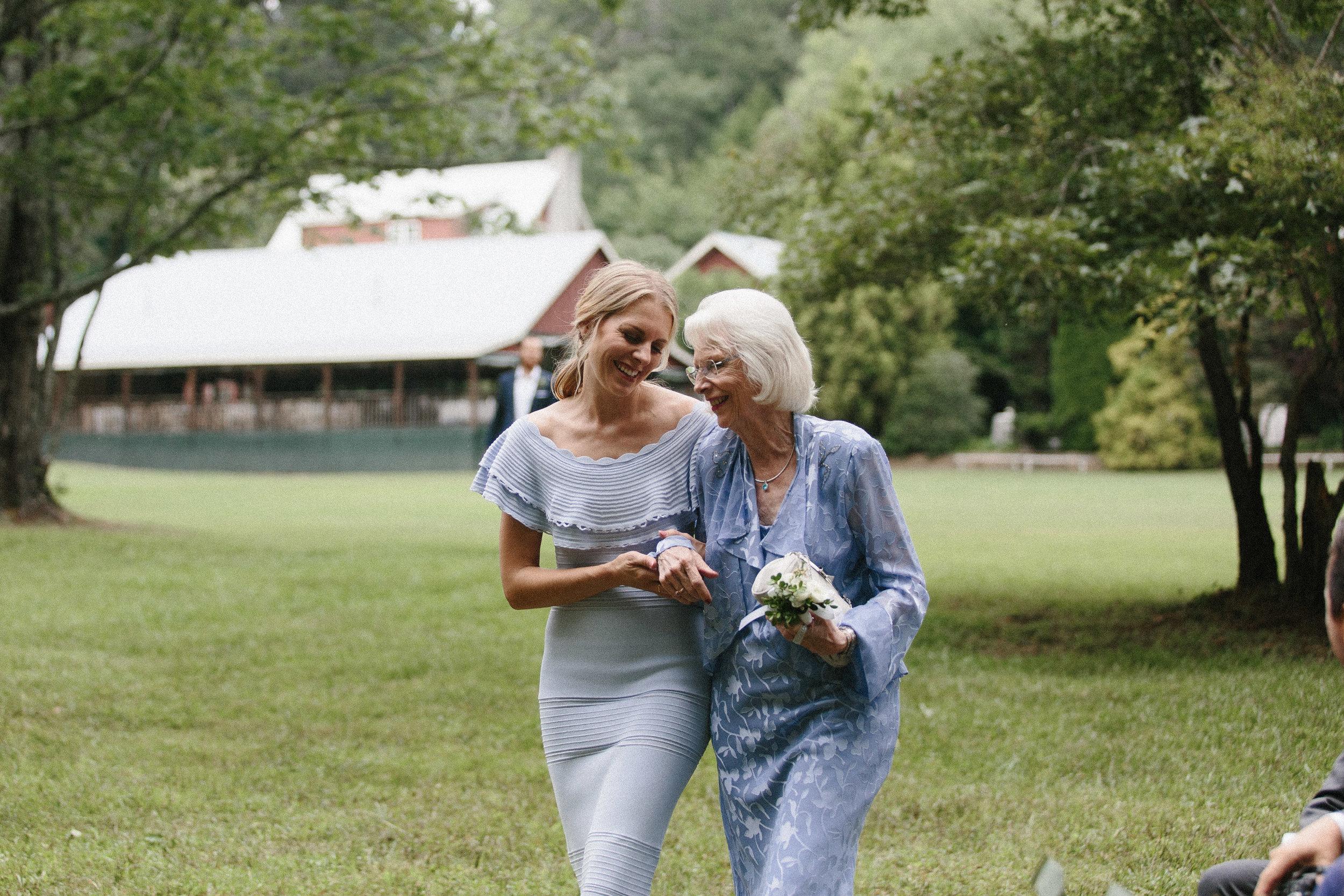 glen_ella_meadow_creekside_atlanta_wedding_photographers_1658.jpg