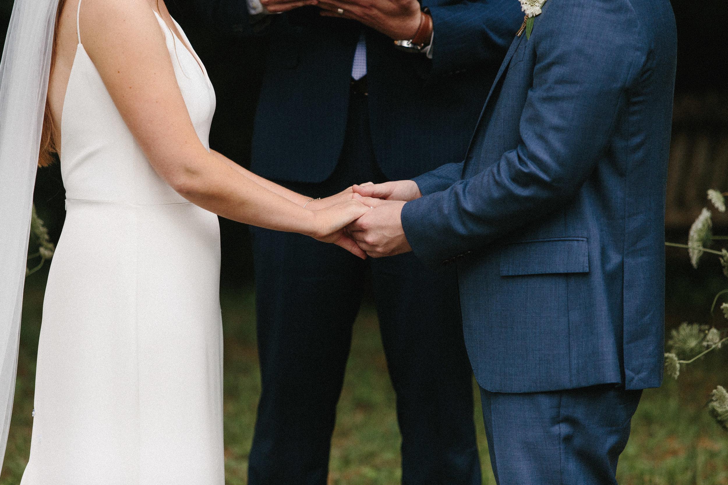 glen_ella_meadow_creekside_atlanta_wedding_photographers_1711.jpg