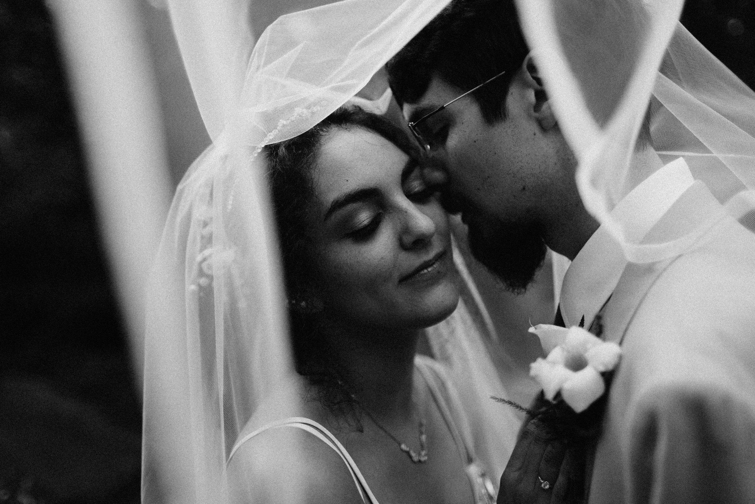 neverland_farms_atlanta_wedding_photographer_documentary_river_west_1992.jpg