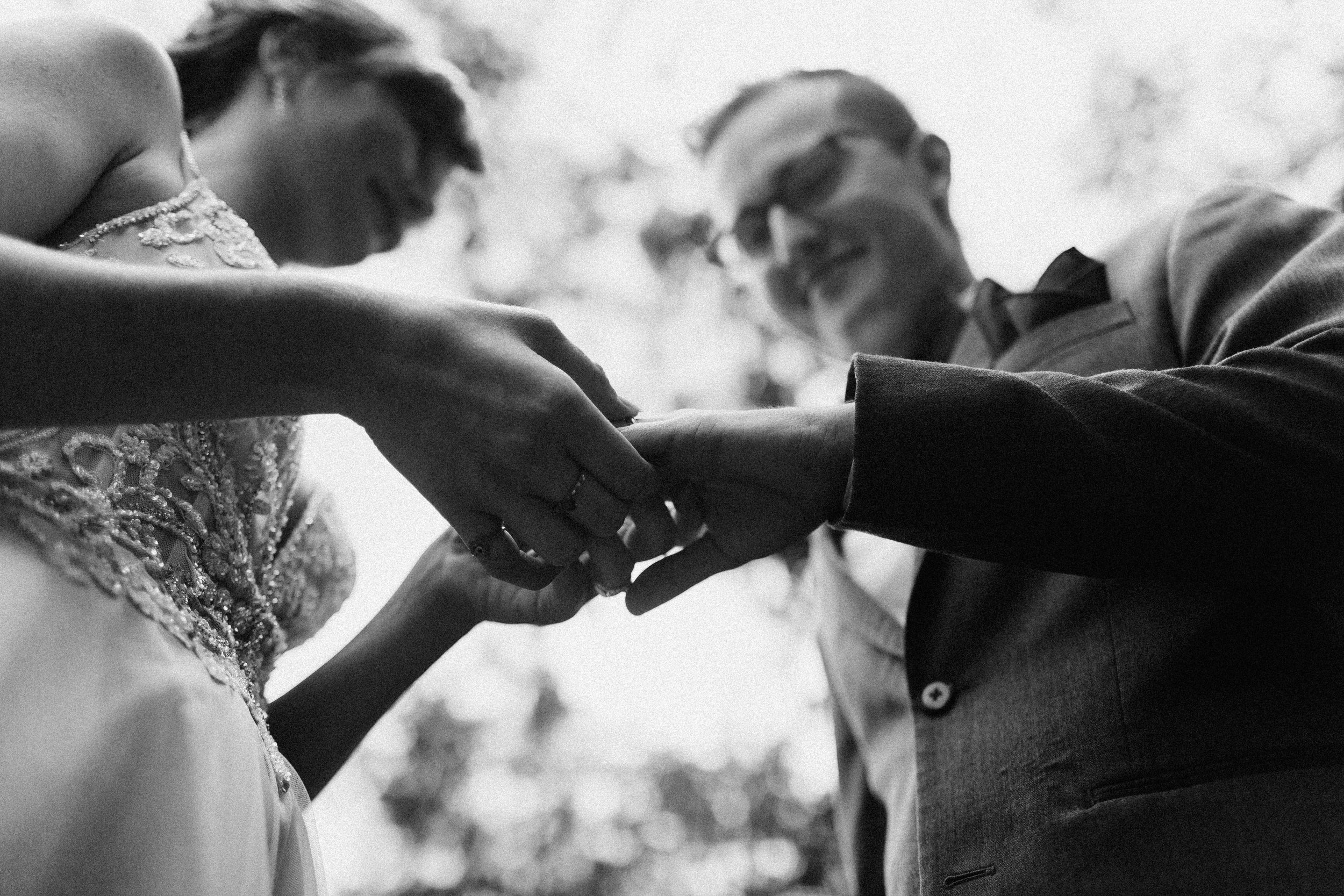 dahlonega_juliette_chapel_photojournalism_atlanta_wedding_photographers_1265.jpg