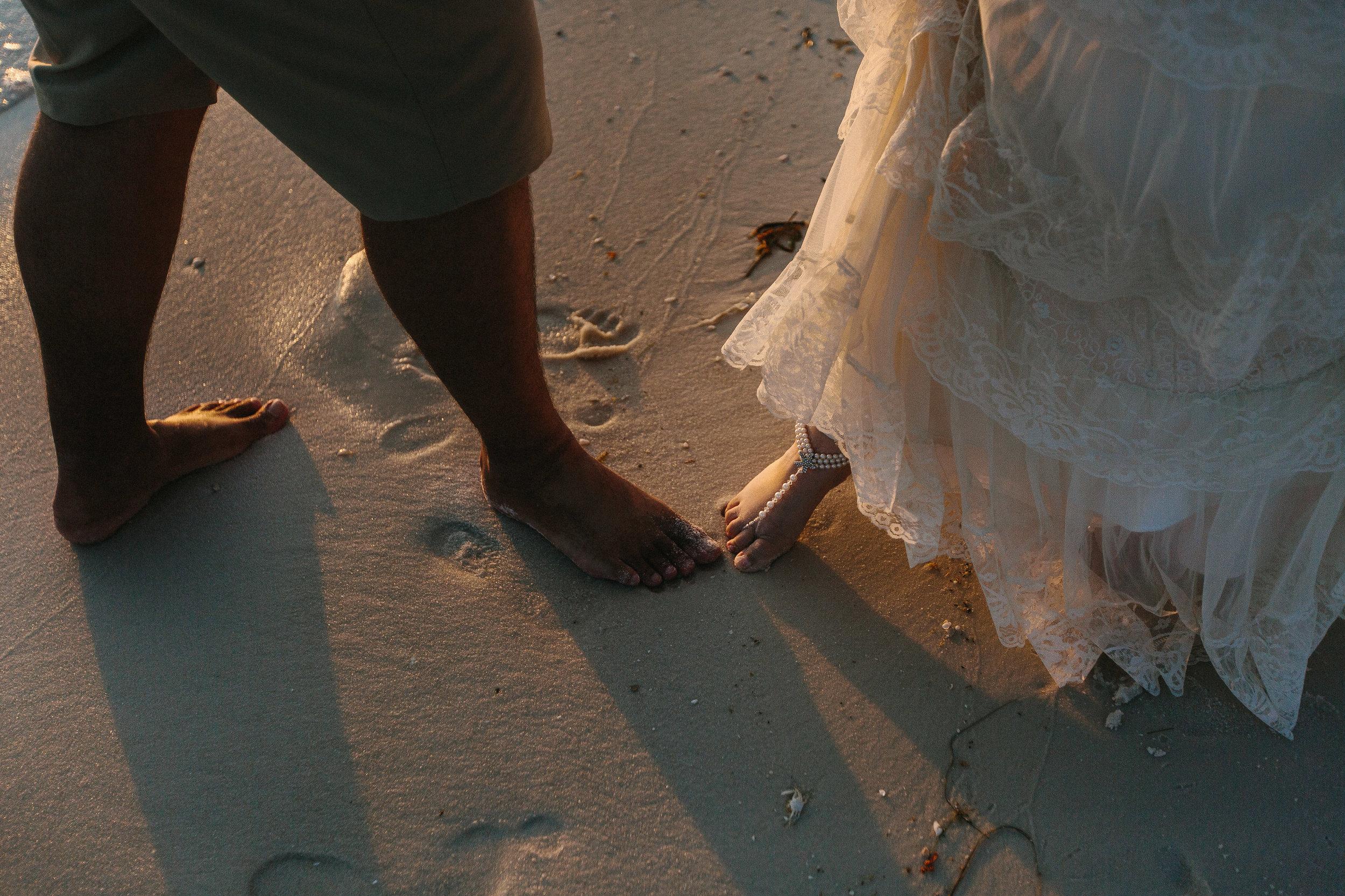destin_sunset_beach_elopement_intimate_wedding_photographer_florida_documentary_1268.jpg