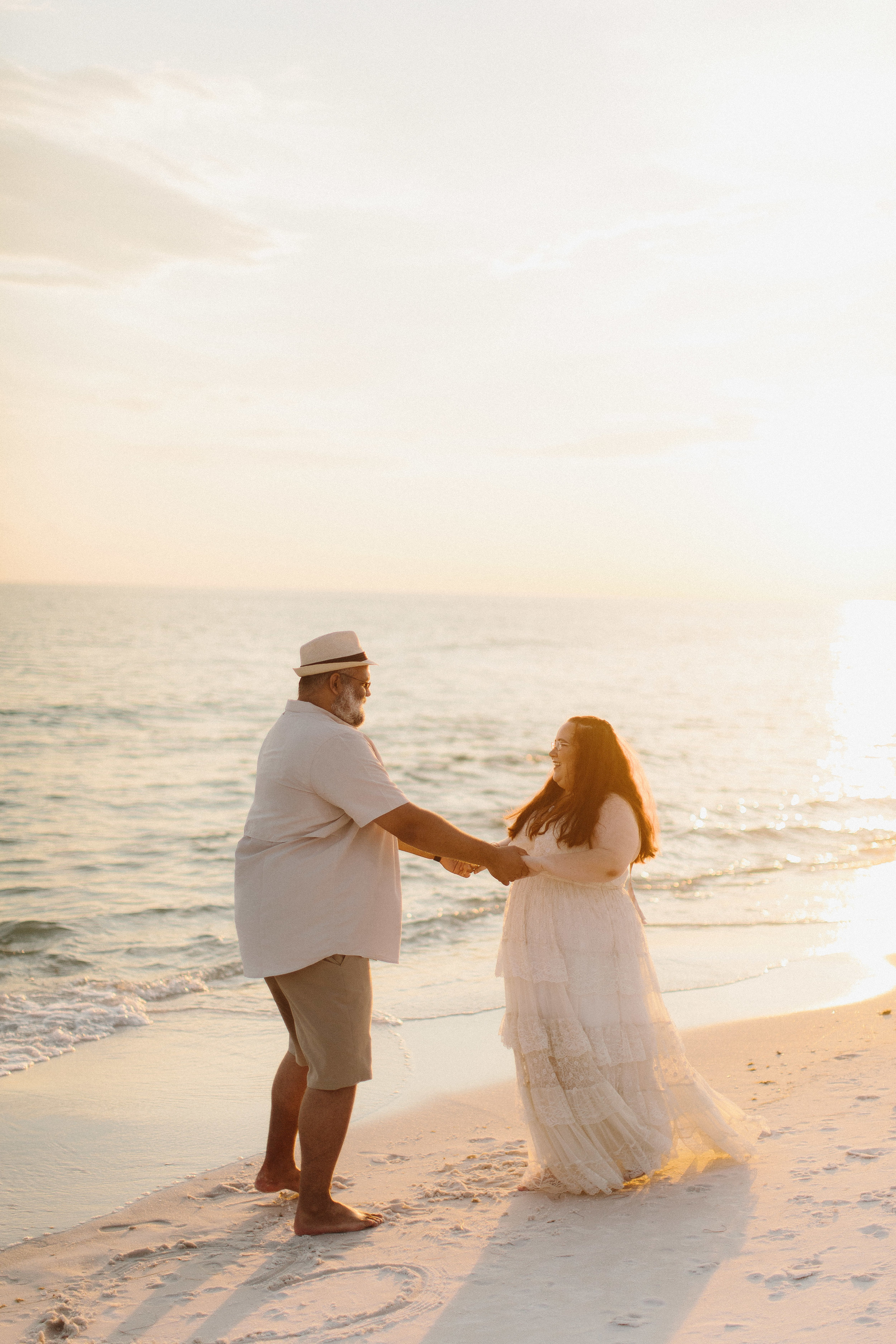 destin_sunset_beach_elopement_intimate_wedding_photographer_florida_documentary_1287.jpg