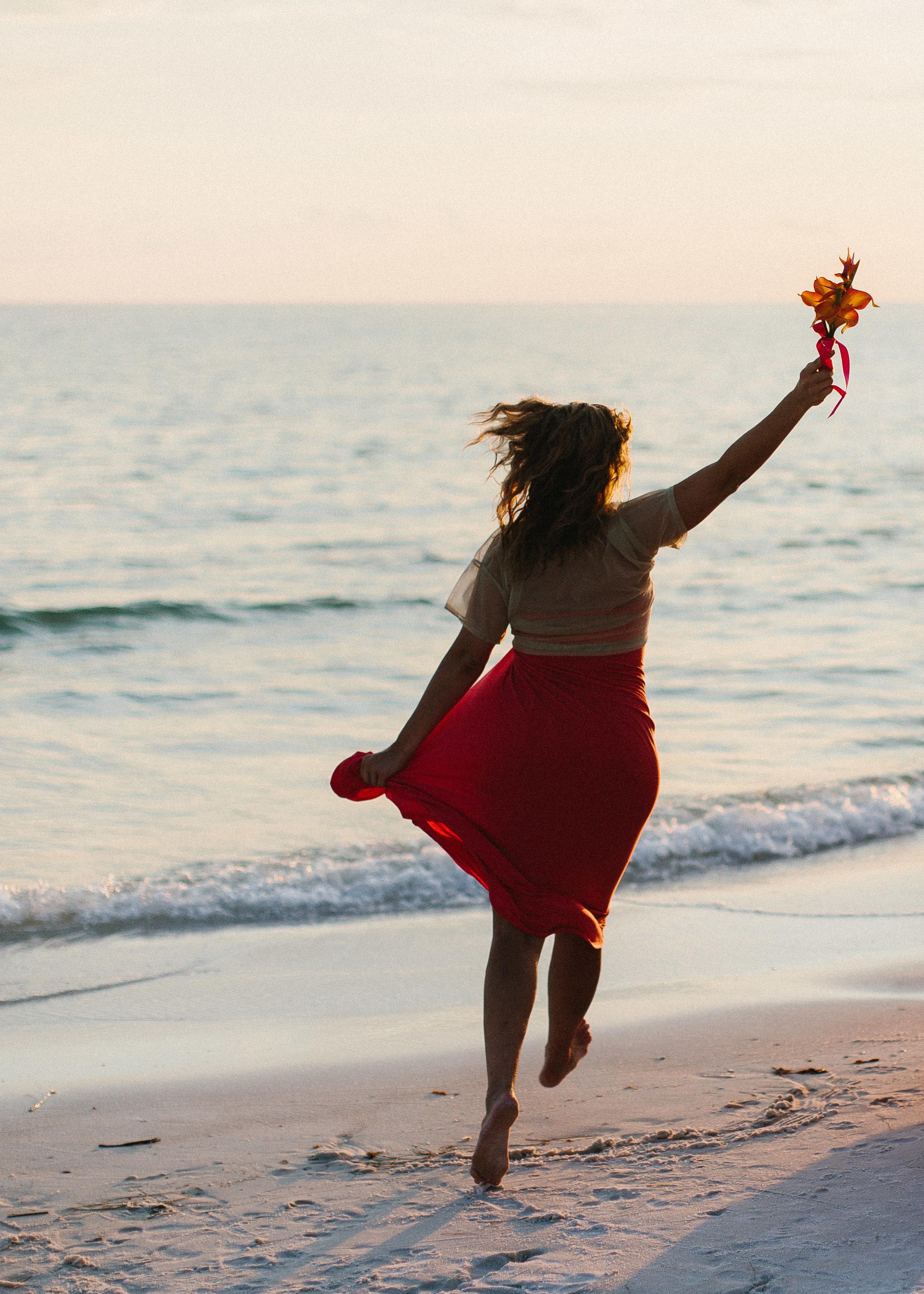 destin_sunset_beach_elopement_intimate_wedding_photographer_florida_documentary_1293.jpg