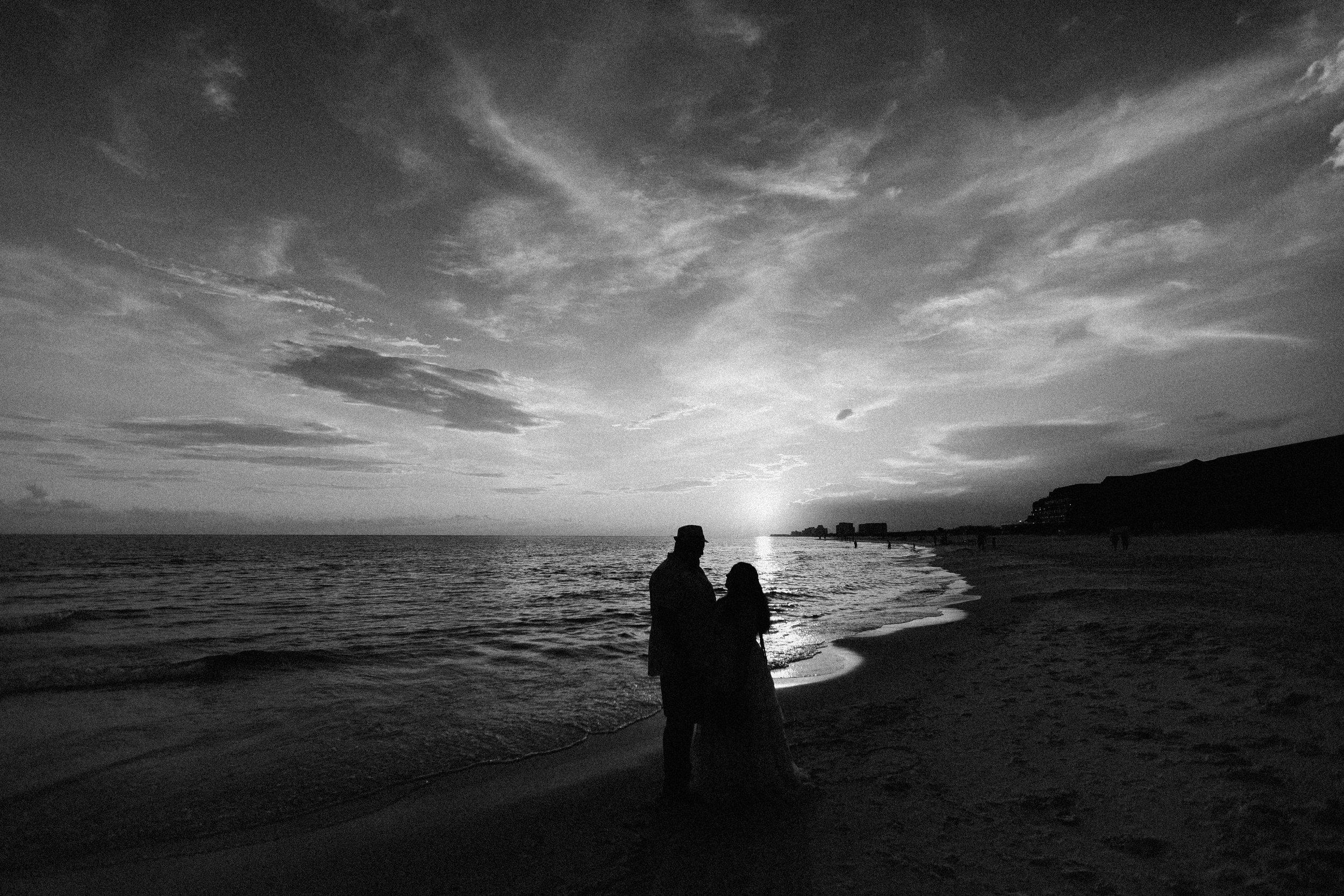 destin_sunset_beach_elopement_intimate_wedding_photographer_florida_documentary_1303.jpg