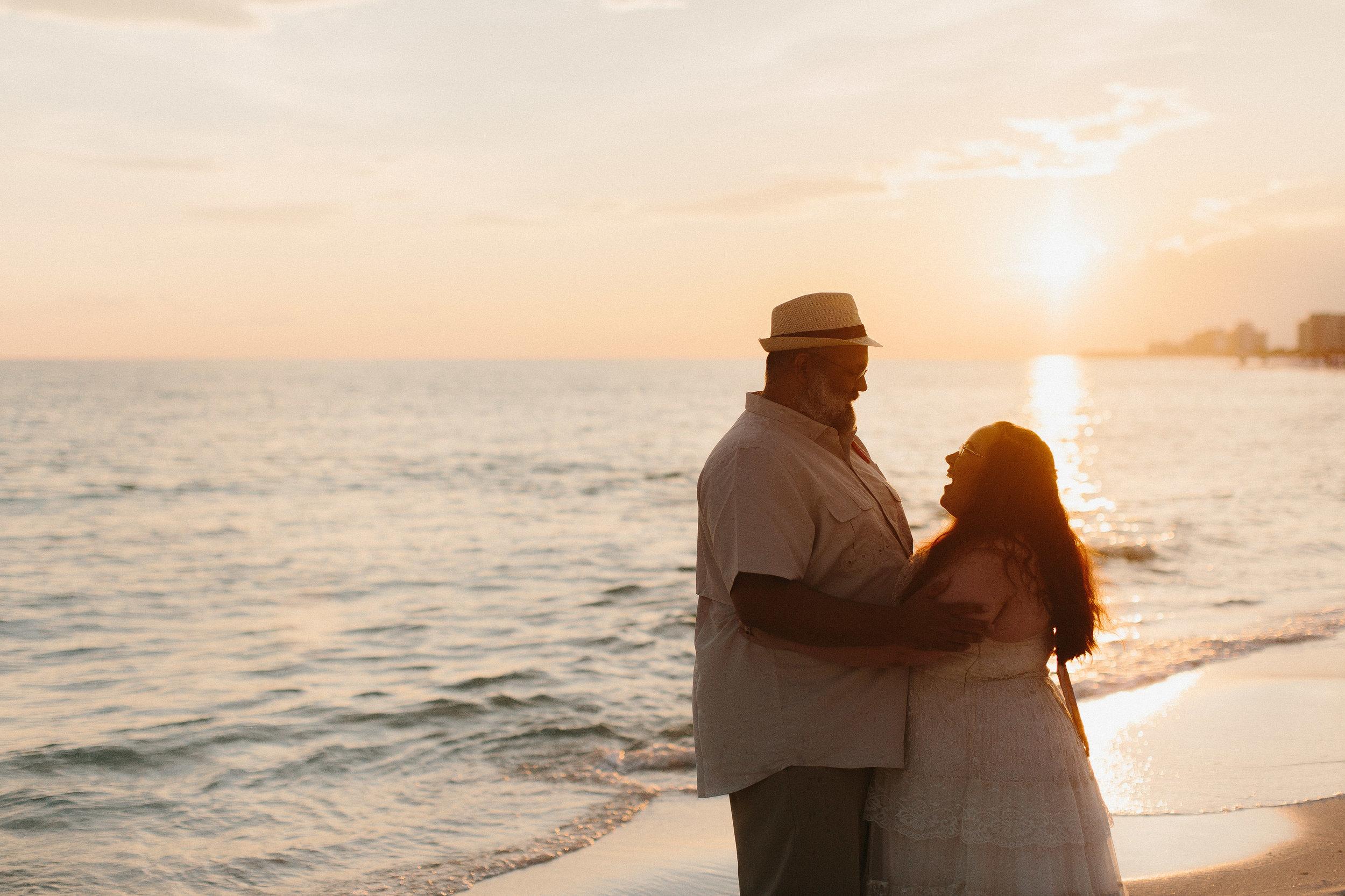 destin_sunset_beach_elopement_intimate_wedding_photographer_florida_documentary_1305.jpg