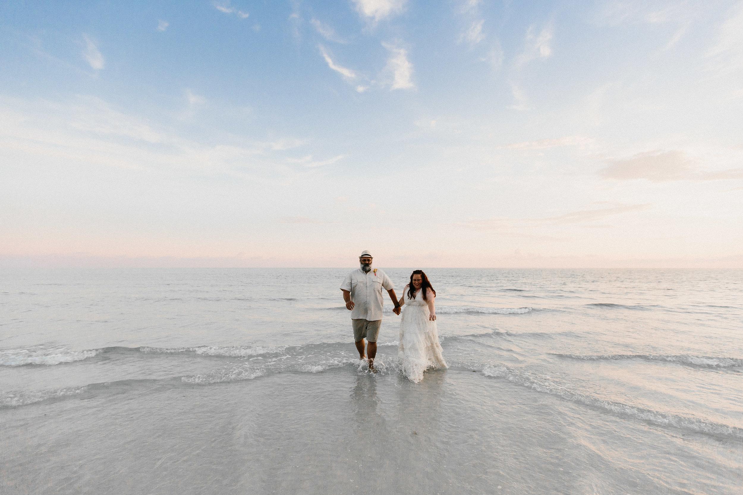 destin_sunset_beach_elopement_intimate_wedding_photographer_florida_documentary_1333.jpg
