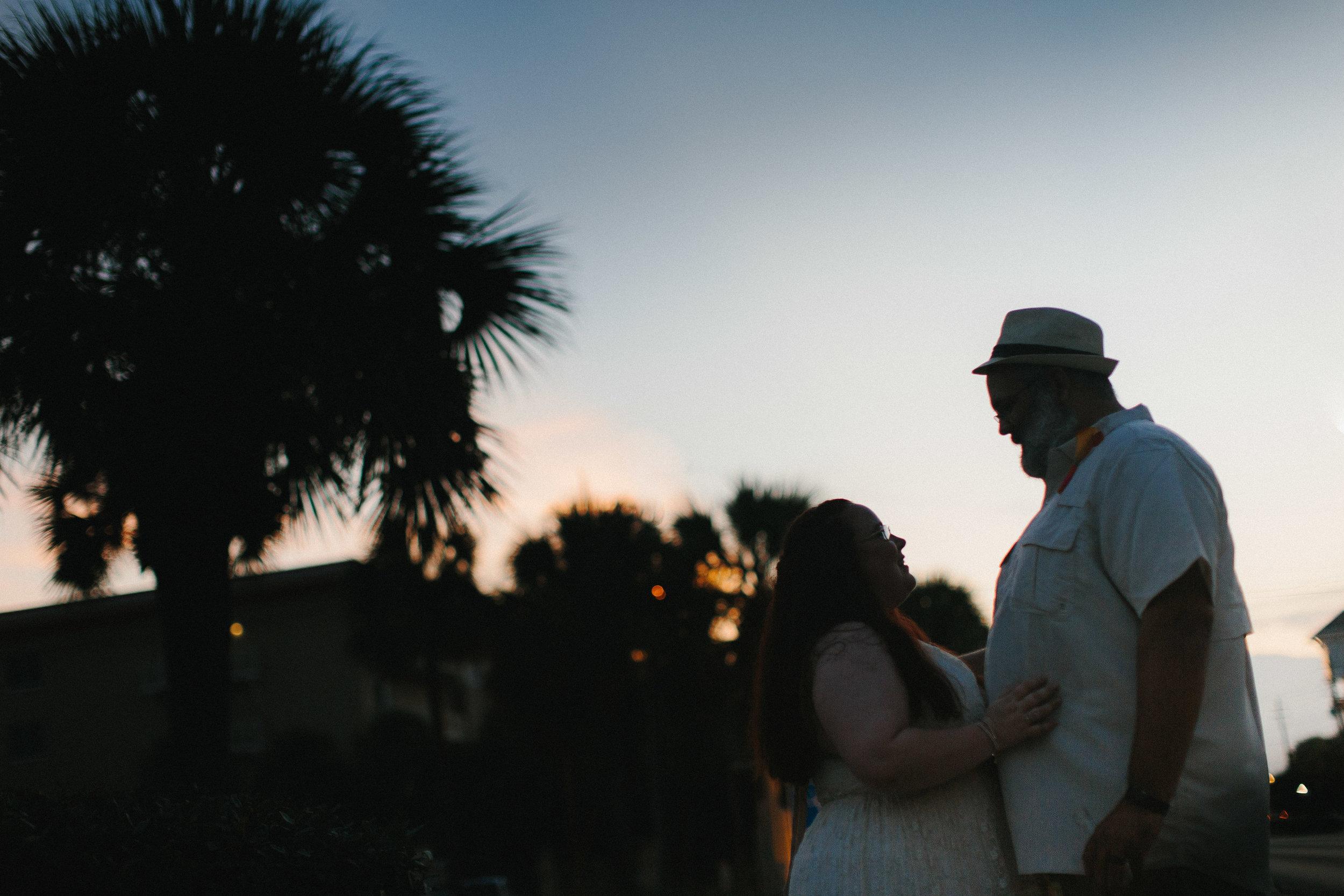 destin_sunset_beach_elopement_intimate_wedding_photographer_florida_documentary_1378.jpg