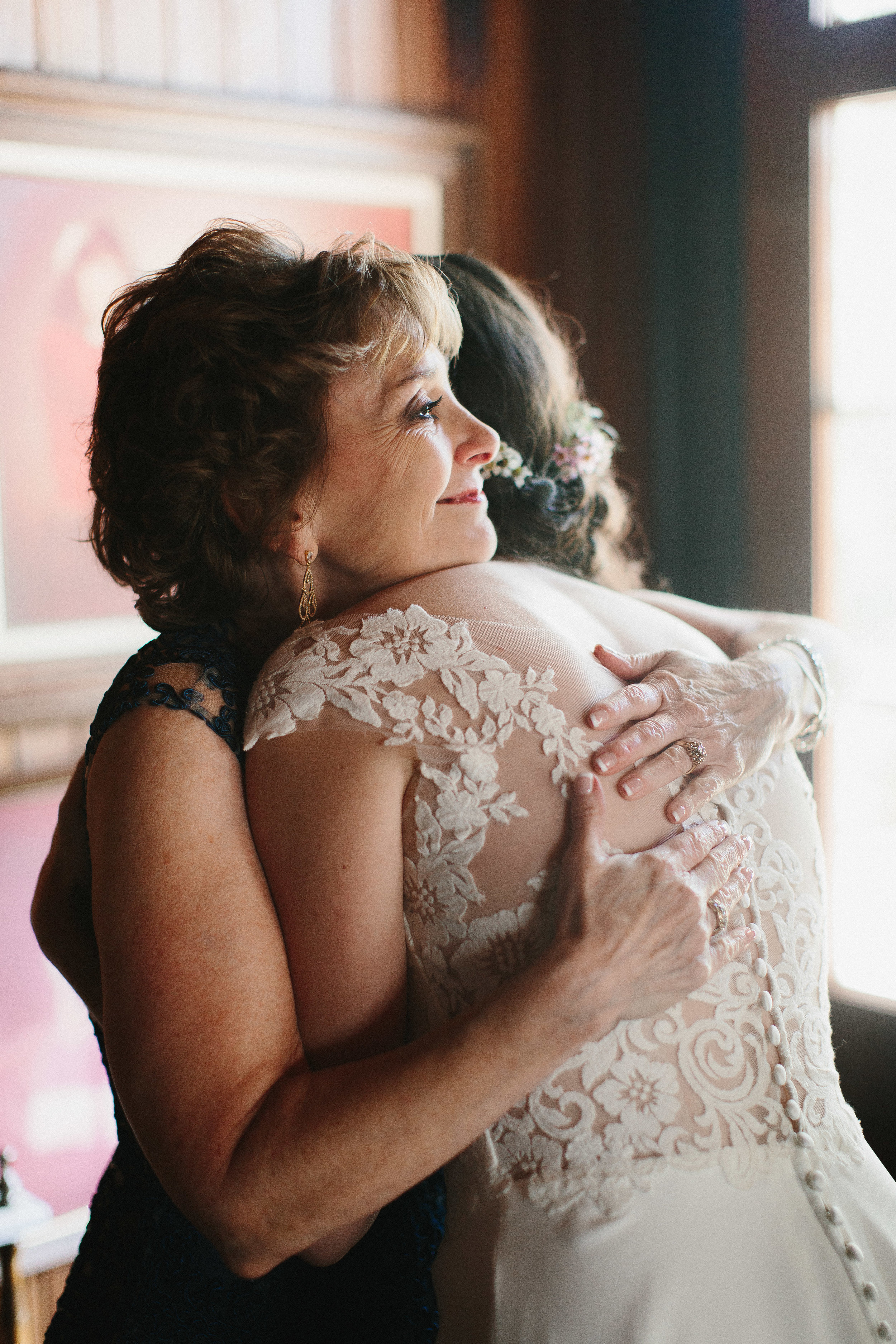 cleveland_georgia_mountain_laurel_farm_natural_classic_timeless_documentary_candid_wedding_emotional_photojournalism_river_west_1204.jpg