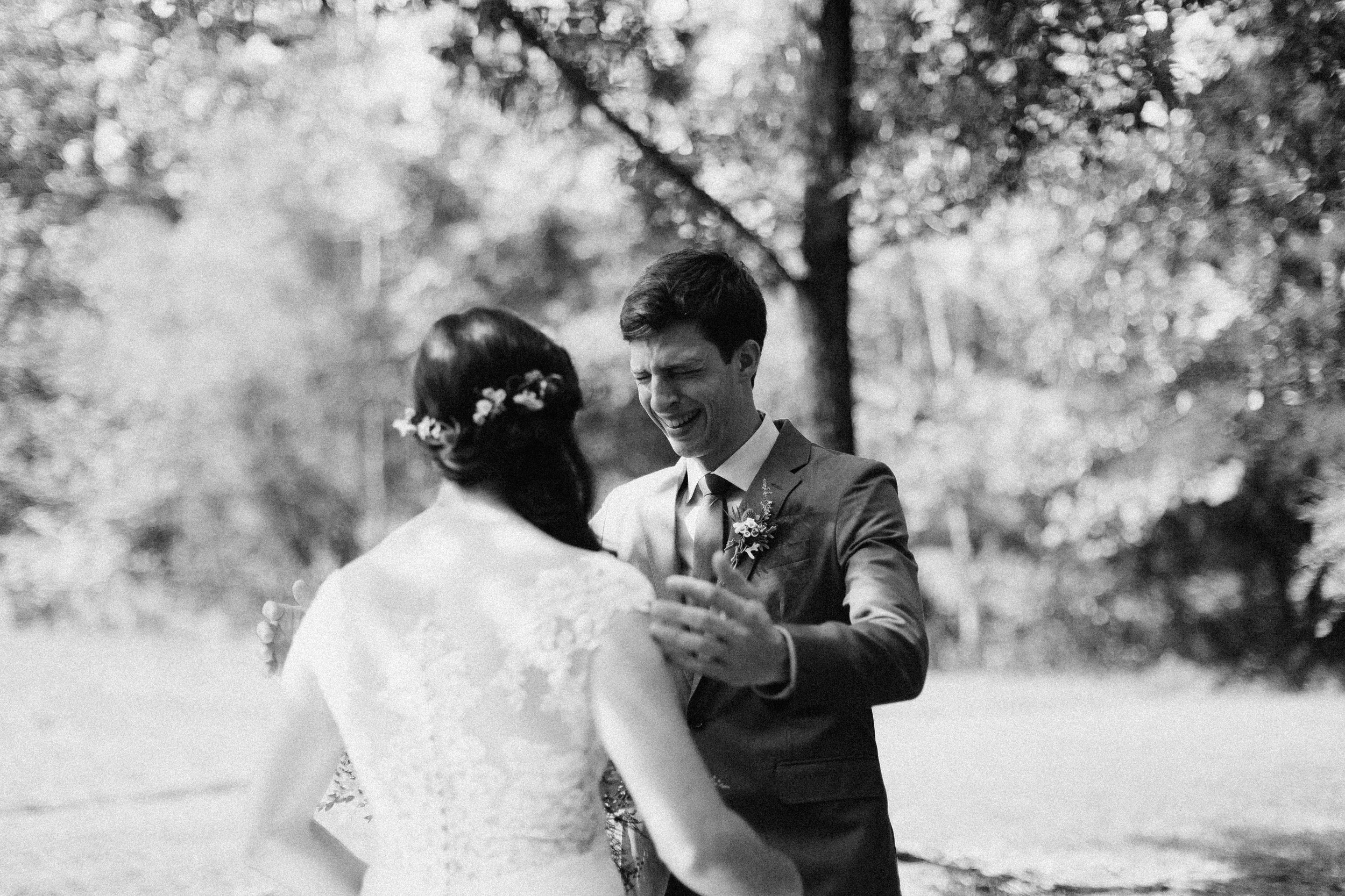 cleveland_georgia_mountain_laurel_farm_natural_classic_timeless_documentary_candid_wedding_emotional_photojournalism_river_west_1243.jpg