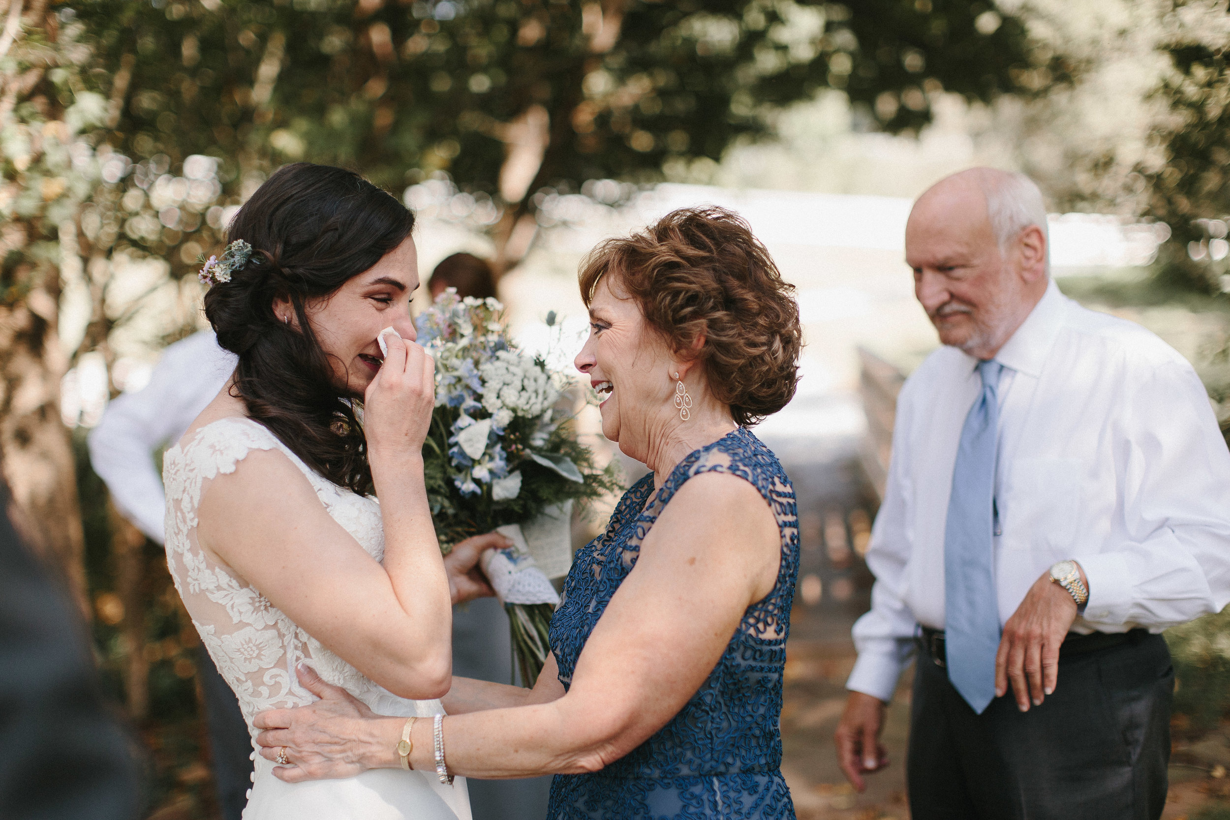cleveland_georgia_mountain_laurel_farm_natural_classic_timeless_documentary_candid_wedding_emotional_photojournalism_river_west_1300.jpg