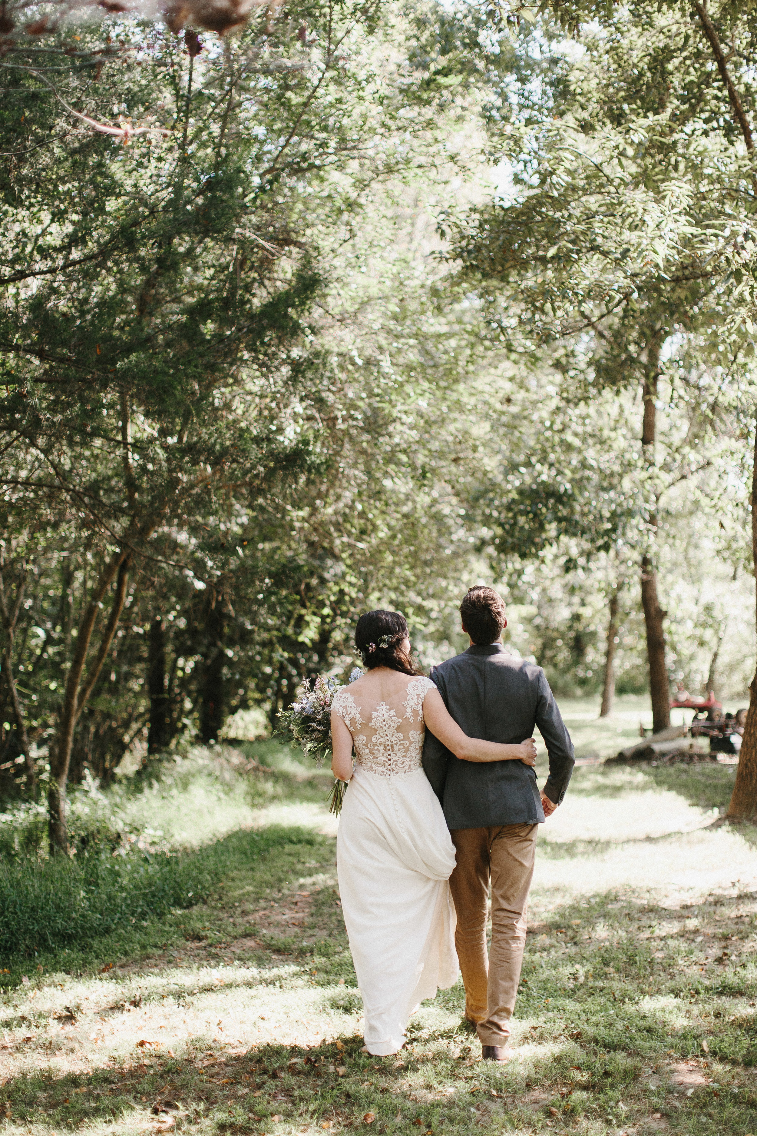 cleveland_georgia_mountain_laurel_farm_natural_classic_timeless_documentary_candid_wedding_emotional_photojournalism_river_west_1341.jpg