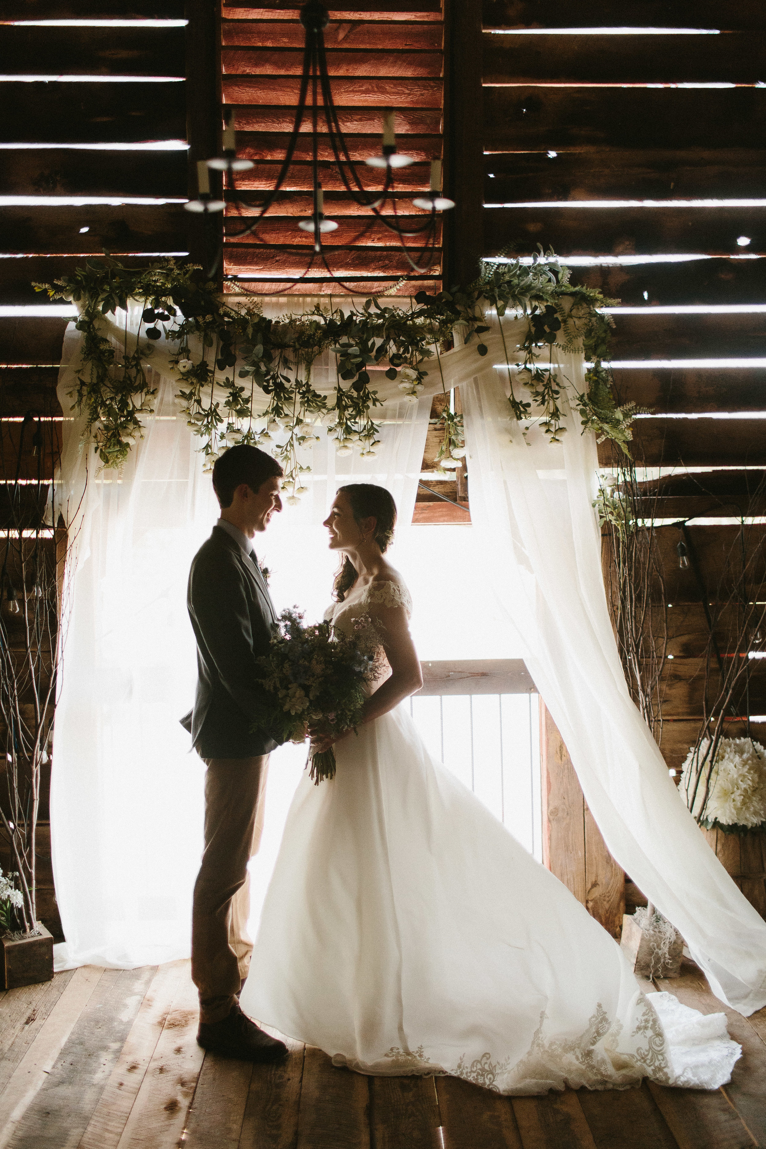 cleveland_georgia_mountain_laurel_farm_natural_classic_timeless_documentary_candid_wedding_emotional_photojournalism_river_west_1399.jpg