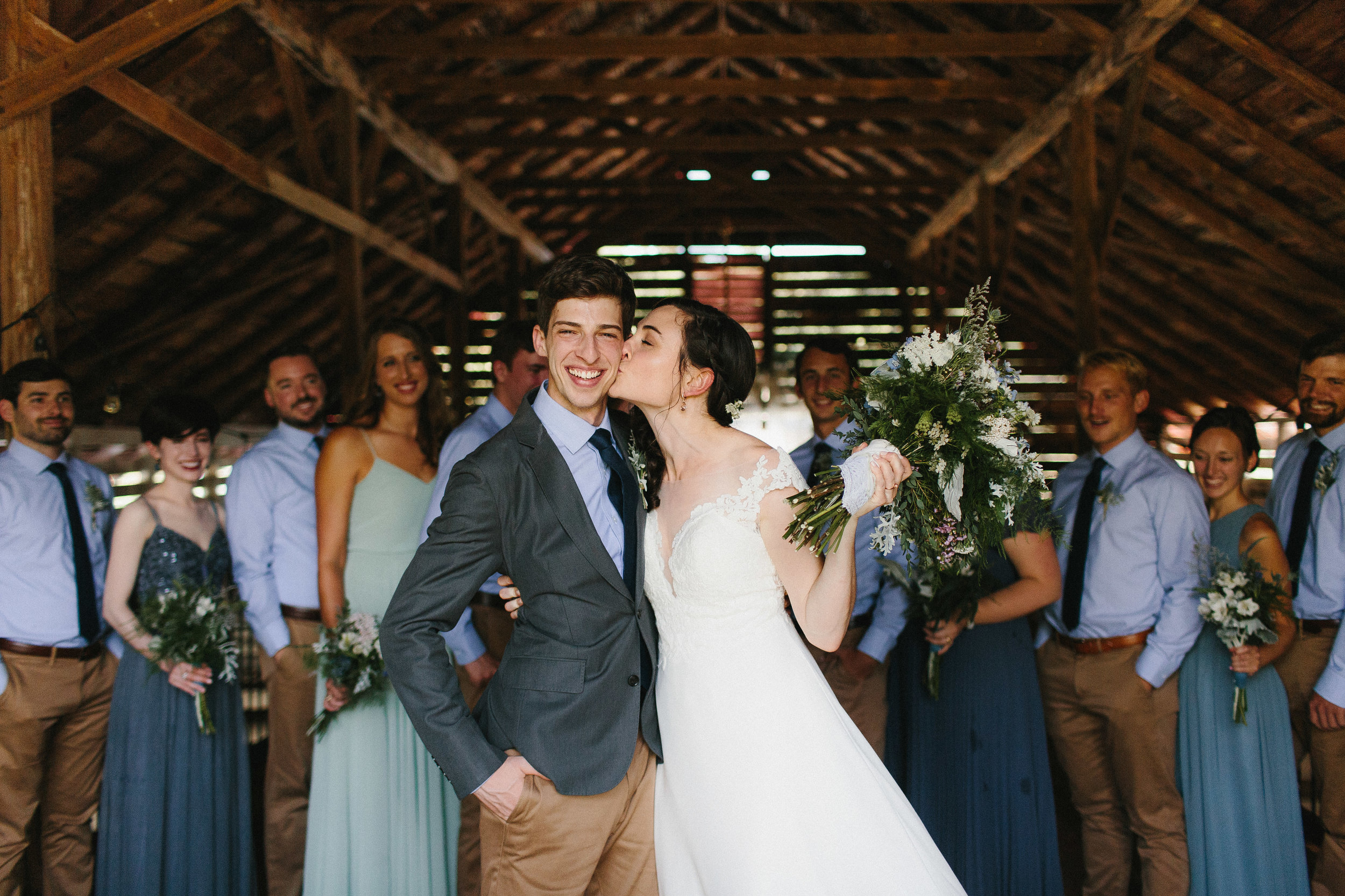 cleveland_georgia_mountain_laurel_farm_natural_classic_timeless_documentary_candid_wedding_emotional_photojournalism_river_west_1425.jpg