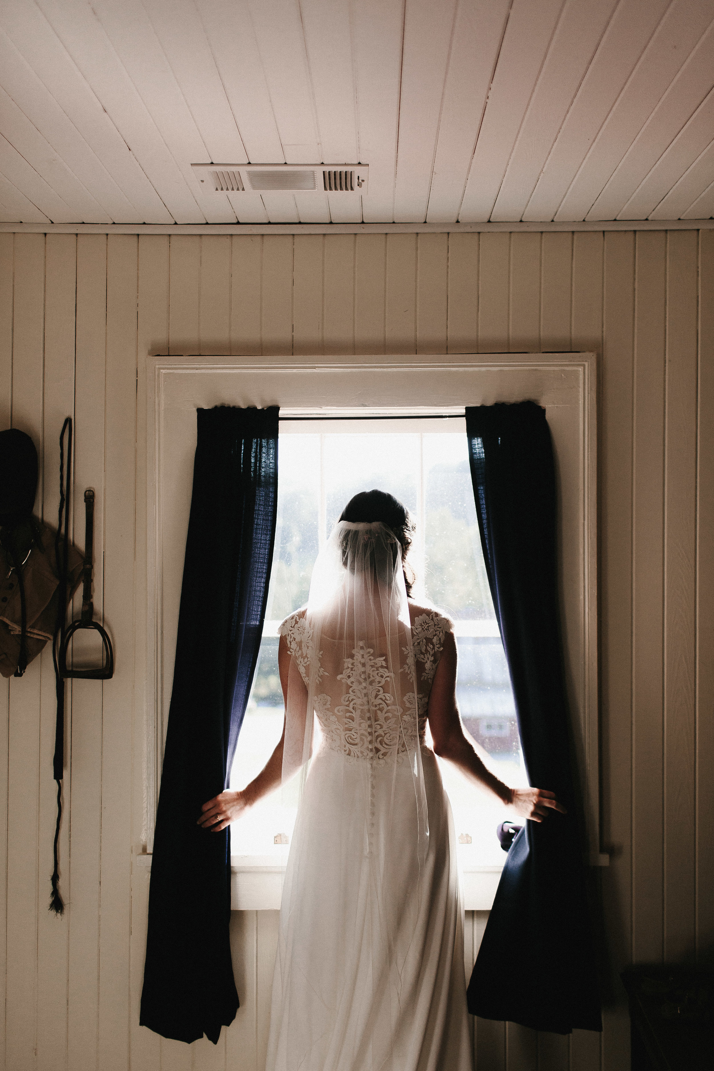 cleveland_georgia_mountain_laurel_farm_natural_classic_timeless_documentary_candid_wedding_emotional_photojournalism_river_west_1572.jpg