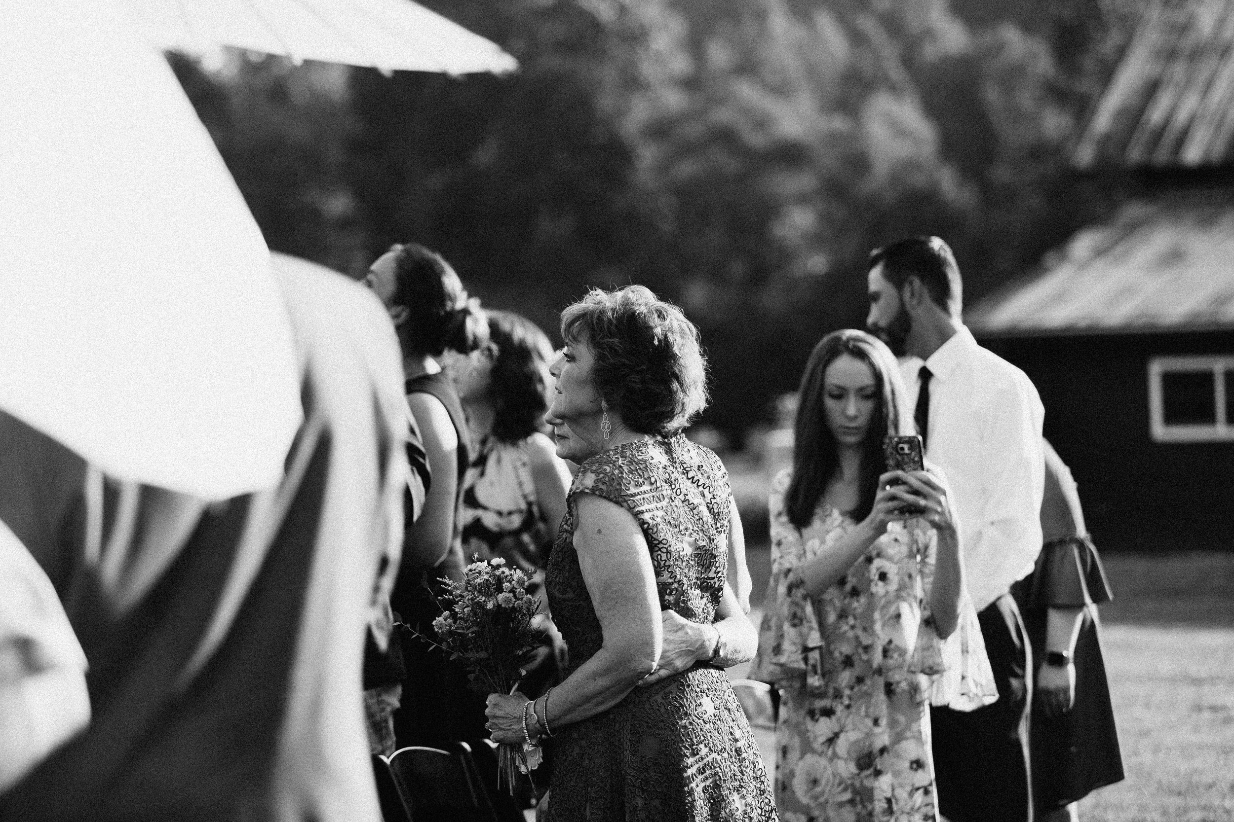cleveland_georgia_mountain_laurel_farm_natural_classic_timeless_documentary_candid_wedding_emotional_photojournalism_river_west_1635.jpg