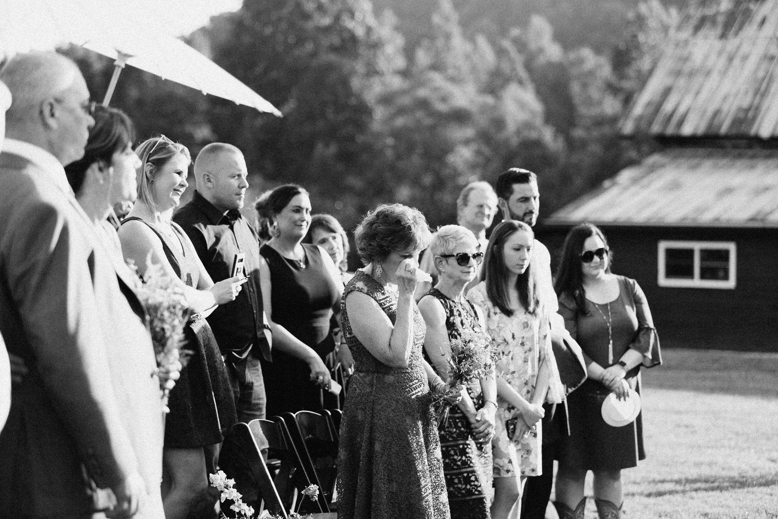 cleveland_georgia_mountain_laurel_farm_natural_classic_timeless_documentary_candid_wedding_emotional_photojournalism_river_west_1650.jpg